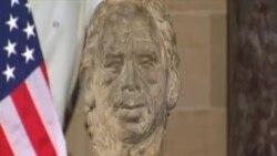 美國會為前捷克總統哈維爾半身像揭幕