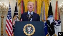 Presiden AS Joe Biden memberikan pernyataan mengenai misi militer AS di Afghanistan yang akan berakhir 31 Agustus, di Gedung Putih, Kamis (8/7).