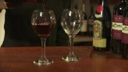美国万花筒:今天的酒杯比300年前大7倍