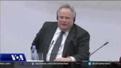 Ministri grek Koxias takime në Shkup për emrin e Maqedonisë