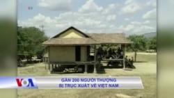 Gần 200 người Thượng bị trục xuất về Việt Nam