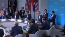 Obama Greets ASEAN Leaders Amid Rights Protest