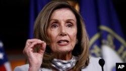 Predsedavajuća Predstavničkog doma Nensi Pelosi pozvala je Kongres da prekine letnju pauzu (Foto: AP)