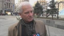 На чиєму боці українці у війні олігархів? Відео