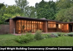 The Jacobs House in Wisconsin, was built in what Frank Lloyd Wright called the Usonian style, his vision of uniquely American affordable housing.