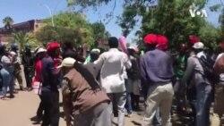 Batshengisela Emigwaqweni eZimbabwe