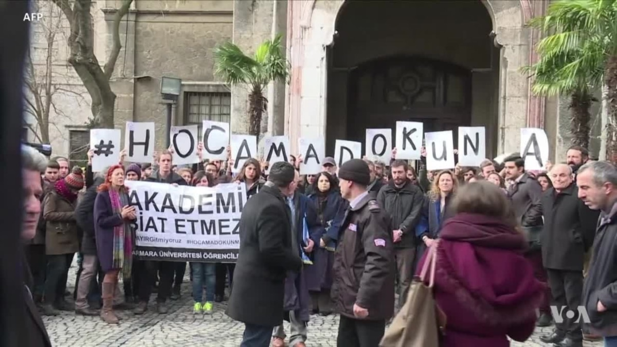 Purged Public Workers Still Waiting for Justice in Turkey