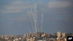 حملات موشکی گروه فلسطینی حماس از نوار غزه به اسرائیل- آرشیو