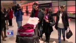 چھ ملکوں کے مسافروں پر سفری پابندی کا حکم نامہ پھر معطل