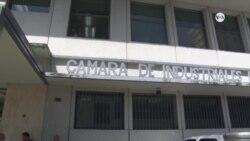 """Industrias venezolanas """"en caída libre"""""""