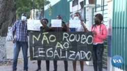 Estudantes contra regalias parlamentares, polícia reprime protesto