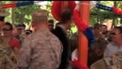 2012-11-14 美國之音視頻新聞: 美國國防部長說支持駐阿富汗司令艾倫