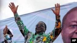 """Henri Konan Bédié appelle à voter """"massivement"""" aux législatives"""