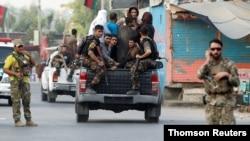 Afgan güvenlik güçleri saldırı sırasında hapisten kaçan kişileri de yeniden gözaltına alıyor.