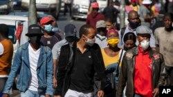 Une rue au centre-ville de Johannesburg, Afrique du Sud, le 11 mai 2020.