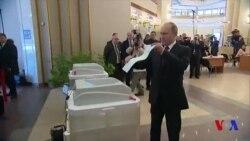 Election en Russie: vote de Vladimir Poutine (vidéo)