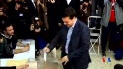 2015-01-25 美國之音視頻新聞: 希臘選民傾向投票予左翼