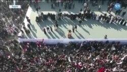 Bağdat'ta Binlerce Kişi Sokaklardaydı