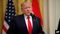 Presiden AS Donald Trump berbicara di Gedung Putih, Kamis (18/7).