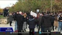 Gazetarët protestojnë paketën antishpifje