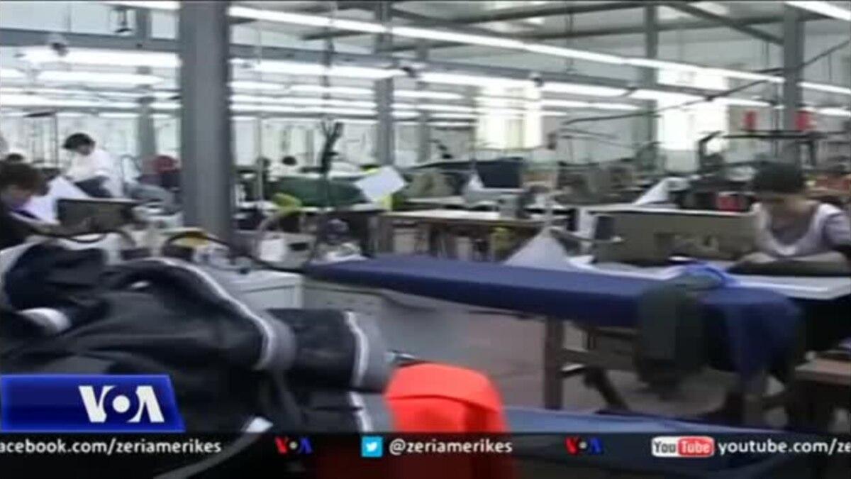 Tiranë  Sindikata dhe industria tekstile