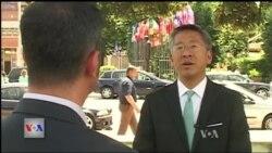 Intervistë me ambasadorin Donald Lu
