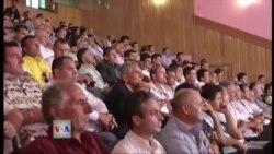 Shqipëri: Polemika qeveri-opozitë