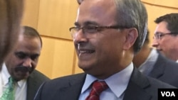 Asad Majeed Khan, Pakistan's ambassador to the United States, is seen at an Ambassadors Dialogue event in Washington, Dec. 16, 2019. (Natalie Liu/VOA News)