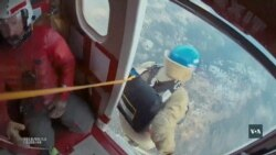 В США існує спеціальний загін пожежників – парашутистів. Відео