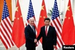 조 바이든 미국 대통령이 부통령이던 지난 2013년 12월 베이징에서 시진핑 중국 국가주석과 만났다.
