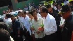 柬埔寨工人纪念前工会领导遭暗杀10周年