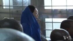 """""""象牙女王""""杨凤兰在非洲出庭"""