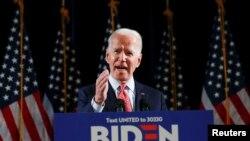 ဒီမုိကရက္ သမၼတေလာင္း ေရြးခ်ယ္ပြဲတြင္ ဦးေဆာင္ေနသည့္ ဒုသမၼတေဟာင္း Joe Biden. (မတ္ ၁၂၊ ၂၀၂၀)
