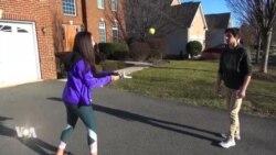 Une adolescente conçoit des prothèses artisanales à moindre coût
