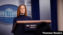 جن ساکی در جریان کنفرانس خبری روز دوشنبه در کاخ سفید