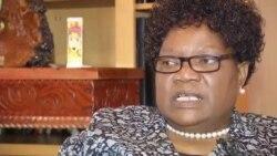 Former VP Mujuru Raises Allegations of Witchhunting, Mugabe's Dynasty Hopes