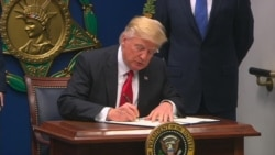 Trump Signs Exec Order Against 'Foreign Terrorists' Entry' to US