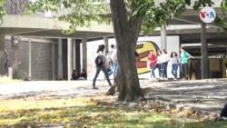 Jóvenes venezolanos entre el desánimo y la convicción de reactivar protestas