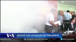 Gaz lotsjellës në mjediset e parlamentit të Kosovës