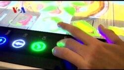 """""""โรโบเชฟ"""" ร้านพิซซ่าแนวใหม่ใช้เทคโนโลยีล้ำสมัยควบคุมการทำงานในร้าน"""
