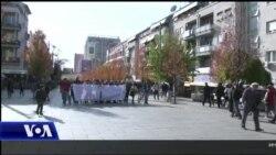 Prishtinë, marshim në përkujtim të viktimave të aksidenteve