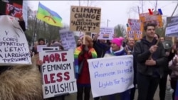 Brüksel'de Pence Karşıtı Protesto