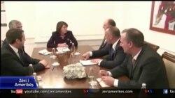 Jahjaga dergon ne Gjykaten Kushtetuese marreveshje per krijimin e asociacionit te komunave serbe