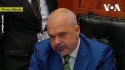 Thủ tướng Albania 'ăn mực' vì chế giễu đảng đối lập
