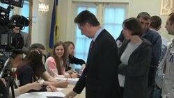 В Нью-Йорке на выборах проголосовал постпред Украины при ООН Ю.Сергеев