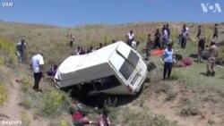 Van'da Göçmenleri Taşıyan Minibüs Kaza Yaptı: 16 Ölü