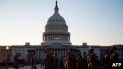 Vệ binh Quốc gia được huy động tới Điện Capitol, Washington, DC., ngày 12/1/2021.