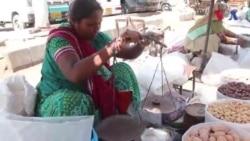 کراچی: فٹ پاتھ پر خشک میوہ جات فروخت کرنے والی، چاندنی