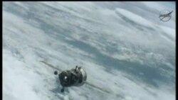 2012-07-01 美國之音視頻新聞: 俄羅斯聯盟號太空船順利返航