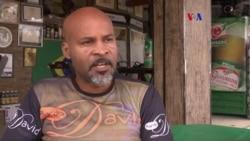 Residente de favela porta antorcha olímpica